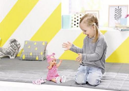 zapf creation baby born puppe walks g nstig kaufen preisvergleich test. Black Bedroom Furniture Sets. Home Design Ideas